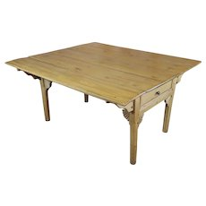 19th century French Farmhouse Pine Drop Leaf Dining Table