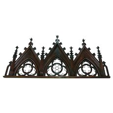 18th century Gothic Carved wooden Over door w/quatrefoil pattern