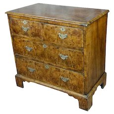18th century Georgian Burl Walnut Chest of Drawers  circa 1790s