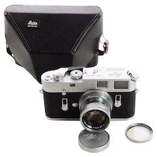 Leica M4 w/Leitz 5cm f:2 Summicron-Vintage Rangefinder camera-Mint