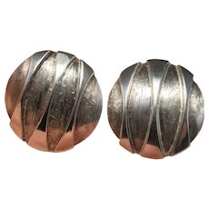 Mid Century Modernist Silver Earrings Screw On Earrings Geometric Circle Earrings Swedish Jewelry Minimalist Earrings 1970s Earrings 925