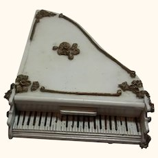 Piano Spielwaren Dollhouse by Szalasi Germany