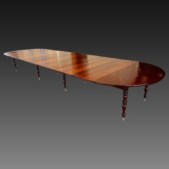Banquet table in mahogany, 8 feet, 214 inches