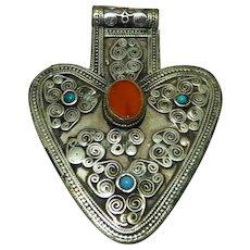 Antique Low Silver Turkoman Turkeman Heart-Shaped Pendant, Cornelian Gemstone, 7.5 cm x 5.8 cm