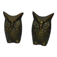 Outstanding Pair Vintage Miniature Heavy Bronze Wise Owl Figurines, H 4.9 cm