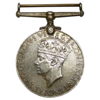 Vintage 1945 Commonwealth India War Medal, 1939-1945, George VI, Verso Lion and Dragon