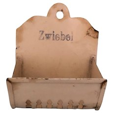 Metal Zwiebel Pierced Wall Box German Kitchen Miniature