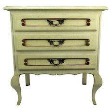 Commode Hollywood Regency French Provincial White Crackled Chest of Drawers
