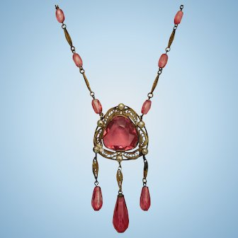 Pink Art Deco fringed Czechoslovakia filigree necklace