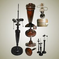 VFine 19c English Turned Mahogany Table Lamp