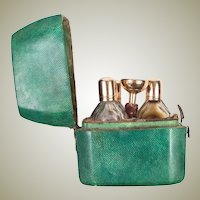 Antique c.1790-1830 French Scent Caddy, Shagreen, Funnel, 3 Flasks, 18k Gold VGC
