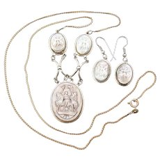 Antique Edwardian Era Italian 3pc Carved Cameo Necklace & Earrings Set, Three Graces