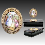 Antique French Table Snuff Box in Horn, Kiln-fired Enamel Painting as Cartouche, 18k Gold, w Dog