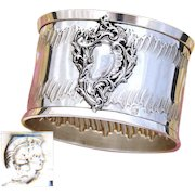 Antique French .800 Silver Napkin Ring, Ornate Rococo Style Decoration, Raised Medallion sans Monogram