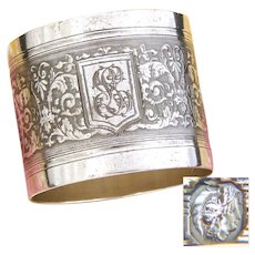 """Antique French Sterling Silver Napkin Ring, """"GL"""" Monogram, Acanthus & Palmette Scrolling Guilloche Style Decoration"""