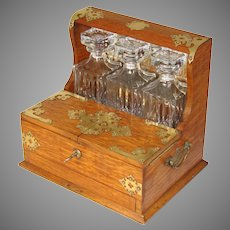 "Antique English Edwardian Era Oak & Brass 14"" Liquor Tantalus, 3 Lg Decanters"