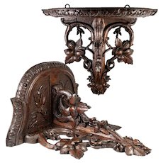 "Superb Antique 12.5"" Black Forest Hand Carved Wood Bracket Shelf, Gorgeous!"