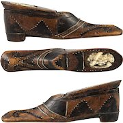 Antique French Carved Wood Shoe or Boot Snuff Box, Pique, Carved Portrait, c.1700s #1