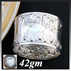 Antique French Sterling Silver Napkin Ring, Foliate Accented Louis XVI or Rococo Pattern, 42gm