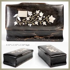 Fine Antique Victorian Era Carved Solid Horn Snuff Box, Casket with Pique Inlay
