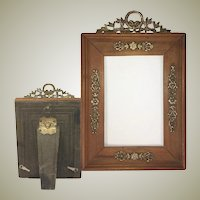 Antique French Cart de Visite Frame, Wood and Applique, Wreath Top and Easel Back