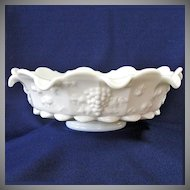 Westmoreland Paneled Grape 12 inch Footed Lipped Bowl