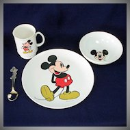 Mickey Mouse 4 Piece Child's Melamine Dinnerware Dishes Set