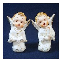 Pair 1950s Artmark Singing Angels Figurines Christmas