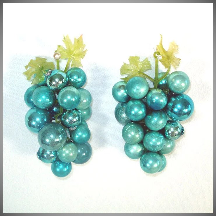 Decorative Blue Glass Grape Clusters Made With Christmas Ornaments - Decorative Blue Glass Grape Clusters Made With Christmas Ornaments