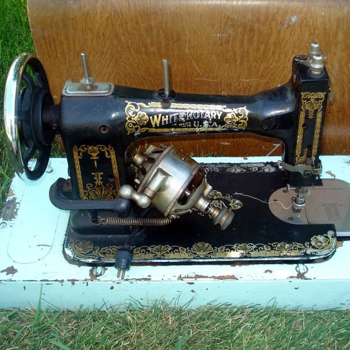 Antique White Rotary 40 Sewing Machine With Oak Case Copperton Amazing 1913 White Rotary Sewing Machine