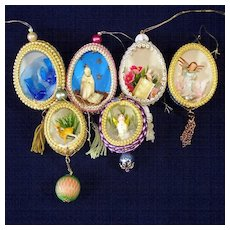 Egg Art Decorated Diorama Scene 1960s Christmas Ornaments