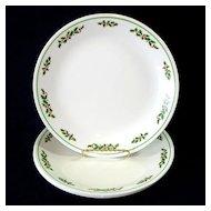 Corelle Christmas Holly Days Dinner Plates Set of Four