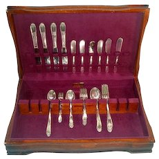 Devonshire Rogers 1938 Silverplate 40 Piece Flatware Set With Chest