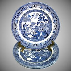 Churchill Blue Willow 8 Inch Salad Plates Set 4 Mint