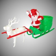 Rosbro Santa Sleigh Reindeer Christmas Candy Container Display