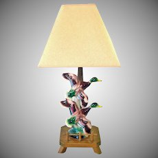 Maddux of California Pottery Ducks in Flight Table Lamp