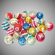 Lot 23 Mid Century American Glass Christmas Ornaments