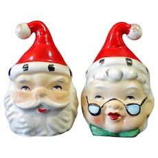 Lefton 2 Sided Santa Mrs Claus Christmas Salt Pepper Shakers