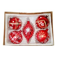 Box Glittered Red Glass Christmas Ornaments