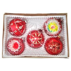 Box Decorated, Indent Red Glass Christmas Ornaments