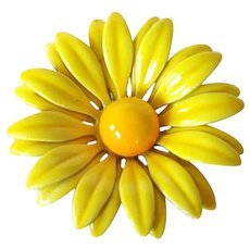 Yellow Daisy Enamel Flower Pin or Brooch