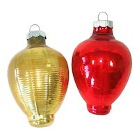 2 Shiny Brite 1930s Ribbed Lantern Glass Christmas Ornaments