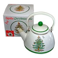 Spode Christmas Tree Enamel Tea Kettle Mint in Box