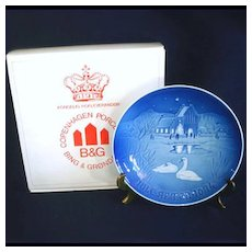 Bing Grondahl 1974 Village Swans Christmas Plate With Box
