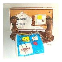 Boxed Wood Pepper Grinder Shaker Napkin Holder Set Nasco Japan