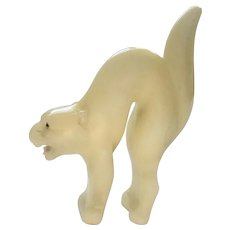Scaredy Cat Alabaster Antique Carved Glass Eyes Figurine