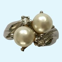 Faux Diamond and Faux Pearl Silver Tone Ring 8.75