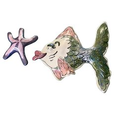 Silly Blue Sky Kissing Fish Starfish Clayworks Heather Goldminc 2000 Wall Plaque Set