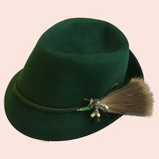Tyrolean Bavarian Alpine Hat Green Felt and Trachten Gamsbart Hair Whisk Size 57