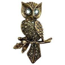 Witty Owl Gold-tone Rhinestone Blue Eyed Owl Pin Brooch